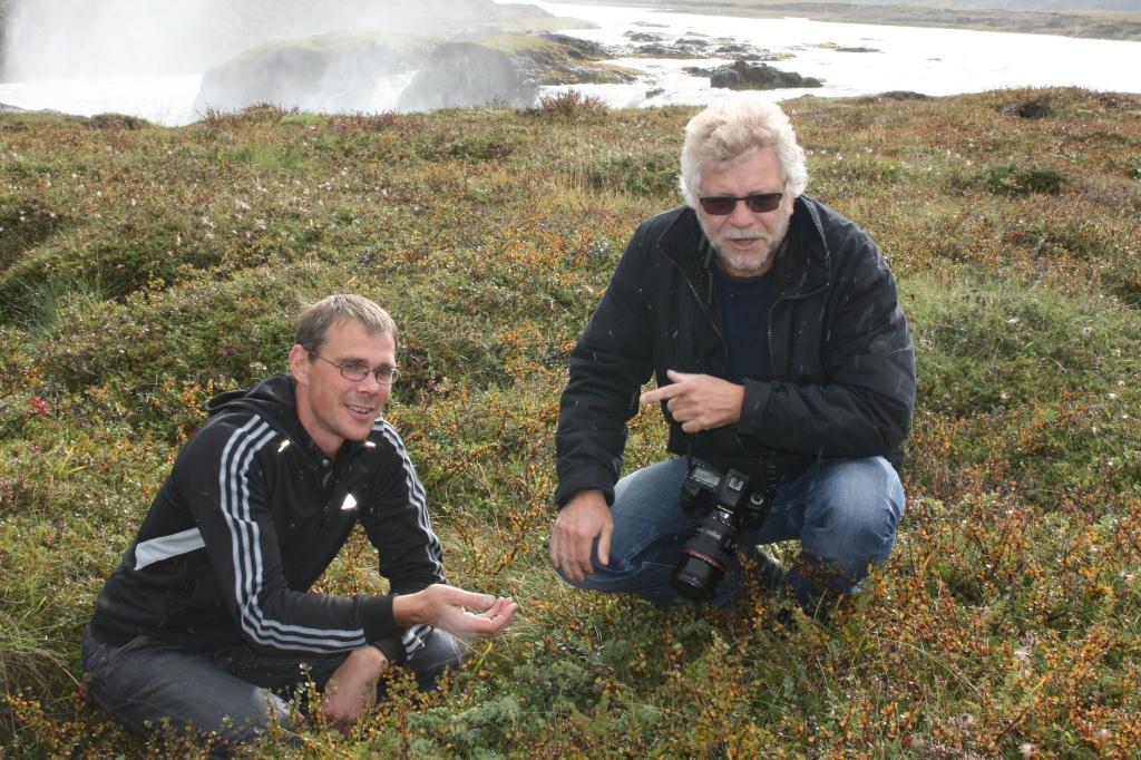 """""""Lifandi Hús"""" Grein eftir Jens Thejsen og Baldur Gunnlaugsson"""